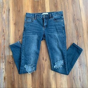 Free People Ripped Skinny Blue Jeans Size W26